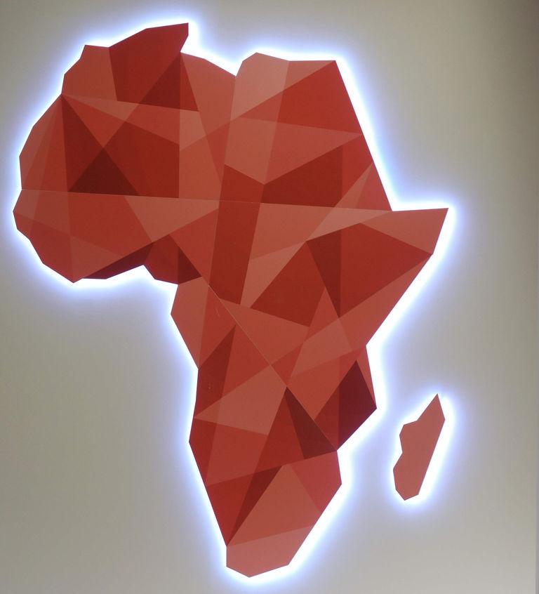 4886066_6_792c_une-carte-de-l-afrique-telle-qu-affichee-au_55df919267f943076704cd30f7dff8e1